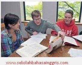 Cara Menggunakan Preposition Over Dalam Kalimat Bahasa Inggris