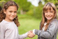 Pengertian, Perbedaan, Penggunaan Dan Contoh 'Formal Greeting vs Informal Greeting' Dalam Bahasa Inggris