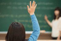 """Perbedaan Dan Contoh Kalimat """"Teach, Taught, Teaches, Teaching"""" Dalam Bahasa Inggris Lengkap"""