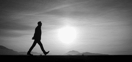 """""""Alone vs Loneliness vs Lonely"""": Perbedaan Dan Contoh Kalimat Dalam Bahasa Inggris"""